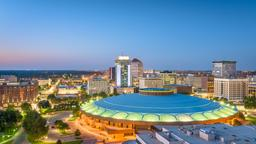 Hoteles cerca a 2020 Good Living Wichita Expo